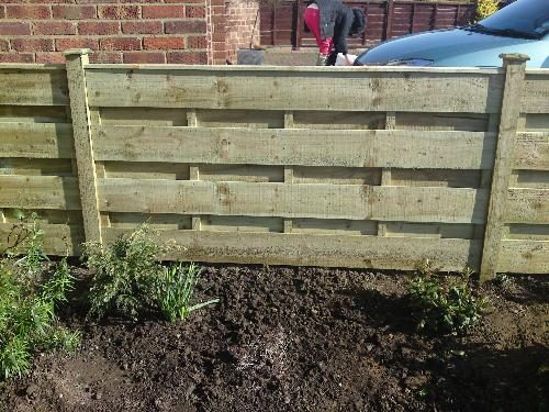 Ascot Fencing and Landscaping Contractors