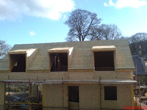 R and J Roofing