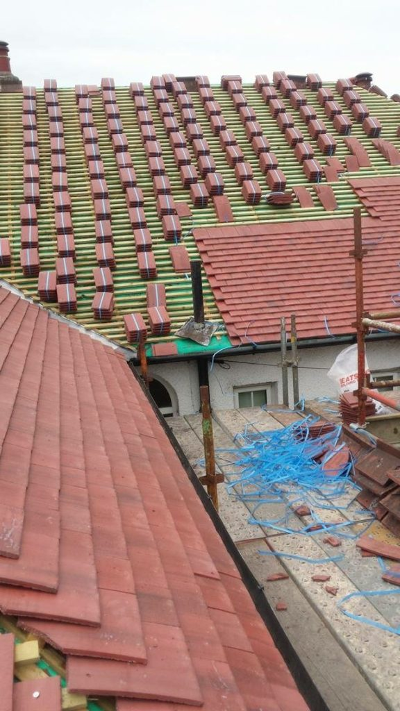 R and J Roofing Photo 20