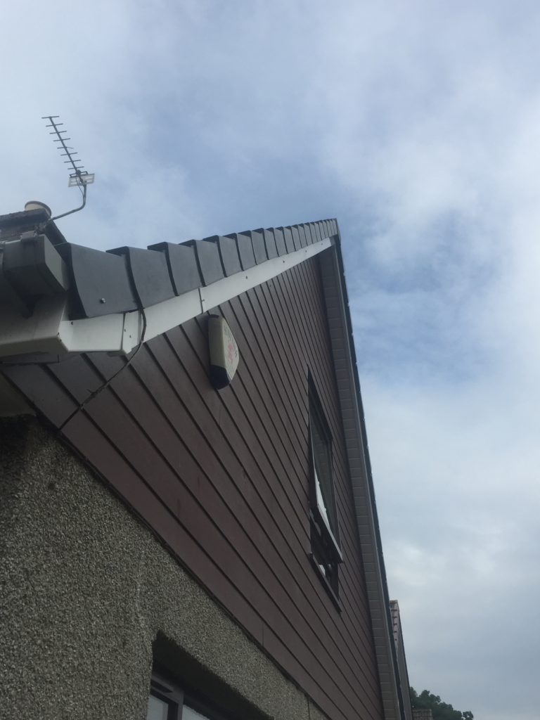 R and J Roofing Photo 45