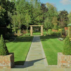 Astek Garden Design and Build Photo 3